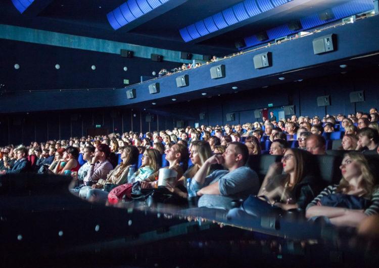 Кино для «жаворонков» и для поцелуев: как посмотреть в столице фильм за 49 рублей