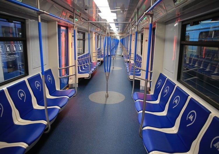 Еще пять поездов нового поколения «Москва» добавили в столичное метро