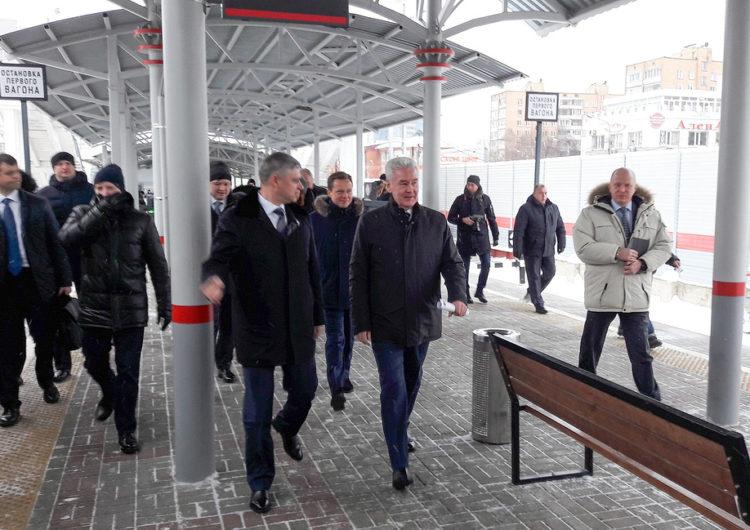 Собянин и Воробьев открыли движение по первому участку МЦД