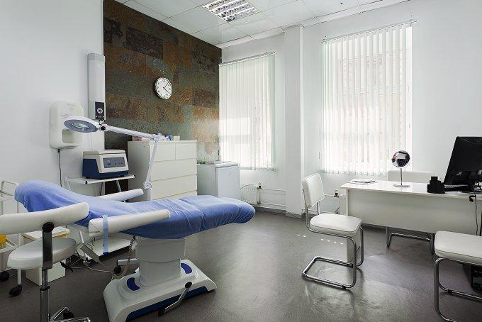 В столице закрыли признанную опасной клинику пластической хирургии