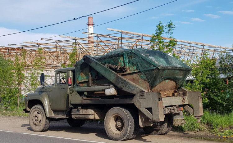 Под Можайском задержали нелегальные грузовики с мусором