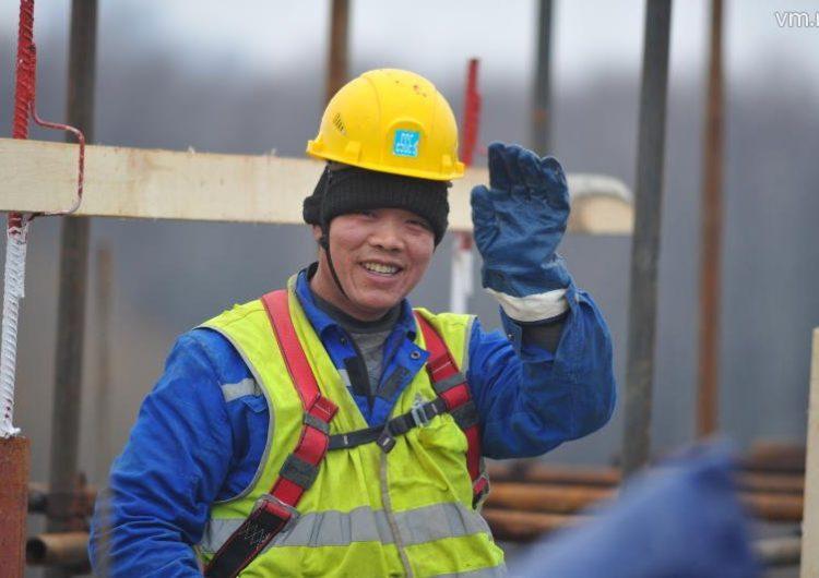 Китайские компании могут принять участие в реновации жилья и строительстве дорог в Москве