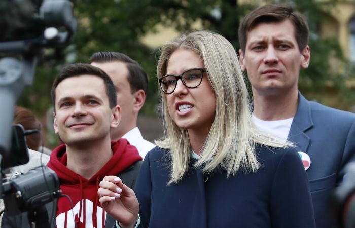 Соболь демонстративно сорвала встречу с главой Мосгоризбиркома