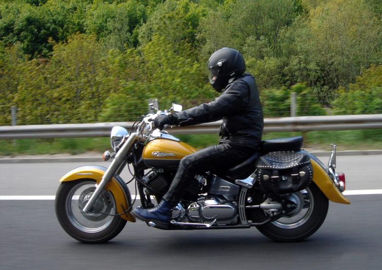 На дорогах Подмосковья будут фиксировать нарушение ПДД мотоциклистами