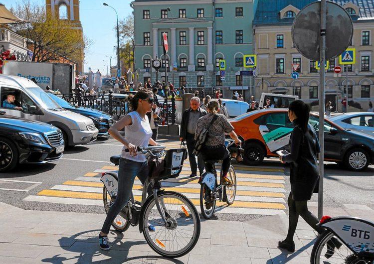 Велотранспорт в столице развивается бурно, но движение его требует контроля — эксперт