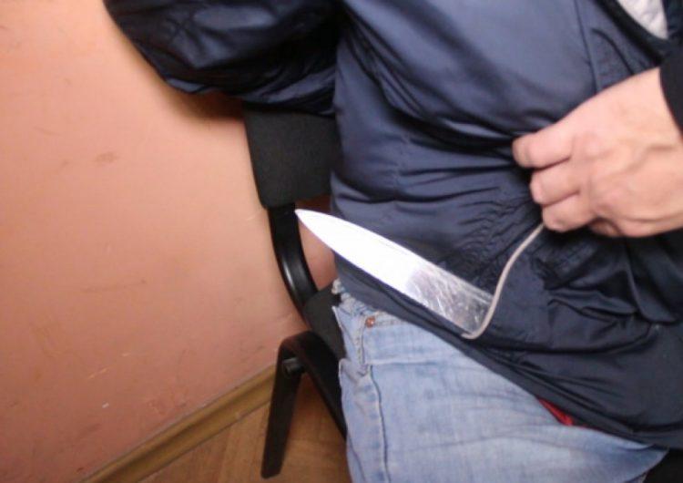 В центре Москвы подросток ранил мужчину в ответ на замечание из-за шума в подъезде
