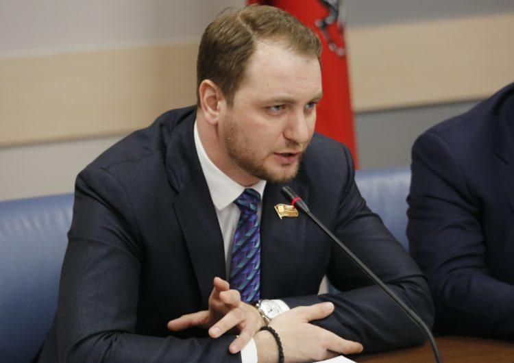 В Мосгордуме предложили запретить продажу в столице аналогов снюса