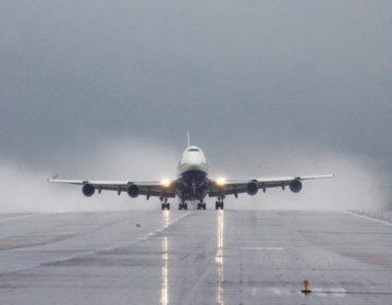Прибывший из Берлина Boeing выкатился за пределы полосы в Шереметьево