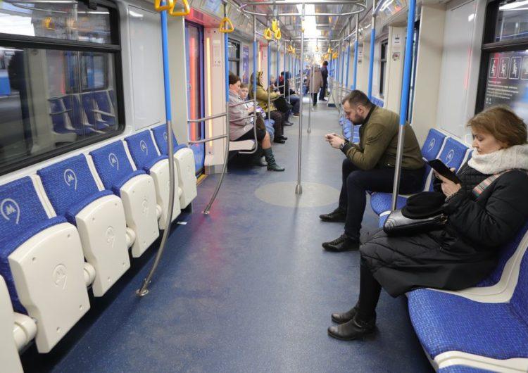 На треть снизился пассажиропоток в метро и МЦК