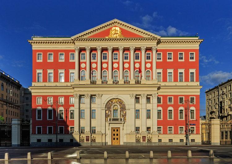 Правительство Москвы подготовит план по открытию столичных предприятий