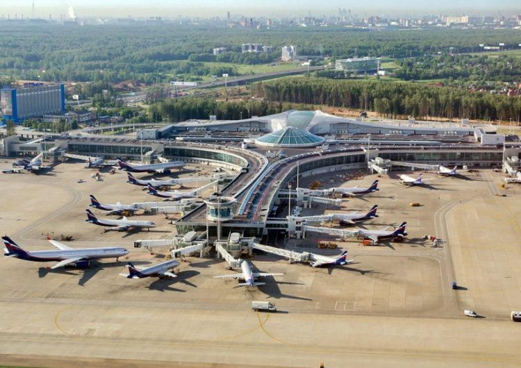 За 3 дня из Шереметьево домой и в обсерваторы развезли более 200 пассажиров