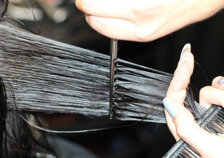Собянин рассказал, когда в столице могут открыться парикмахерские