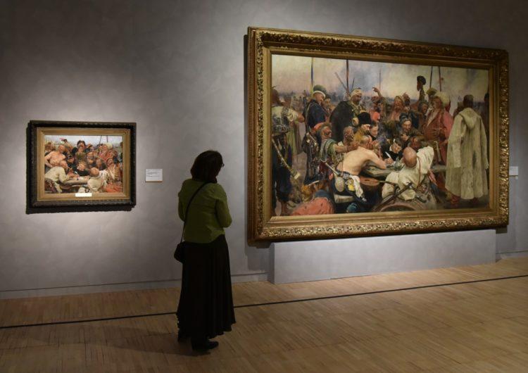 После открытия Третьяковской галереи посетителей будут пускать по сеансам