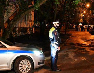 На юго-западе Москвы бывший чиновник открыл стрельбу из окна жилого дома