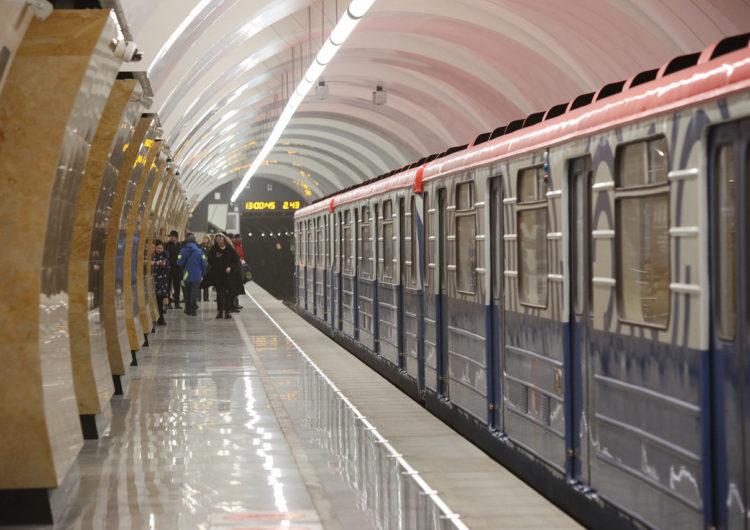 На фиолетовой ветке столичного метро проведут эксперимент по снижению тарифов