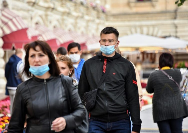 Власти Москвы не планируют вводить дополнительные ограничения по коронавирусу