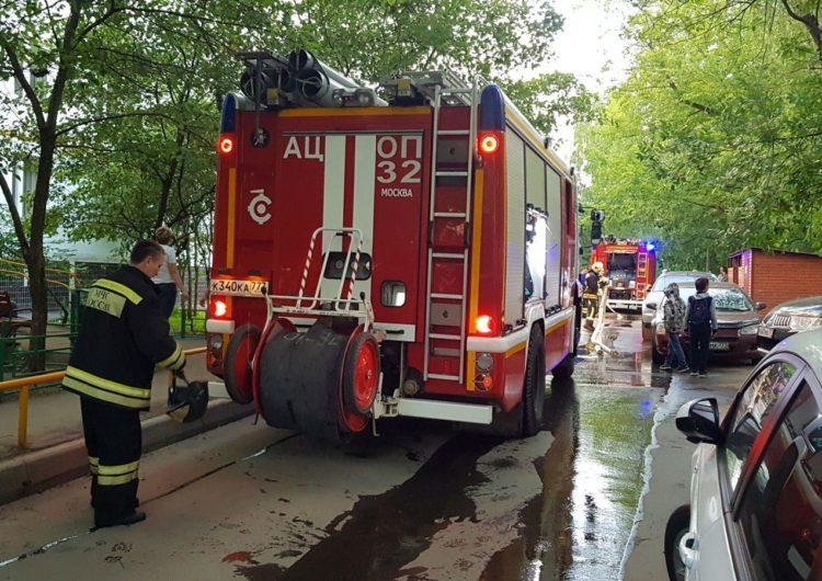 На юге Москвы при пожаре погибли три человека