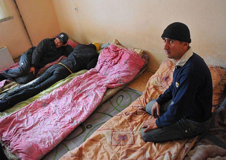 В Одинцово мигранты захватили многоэтажку под снос