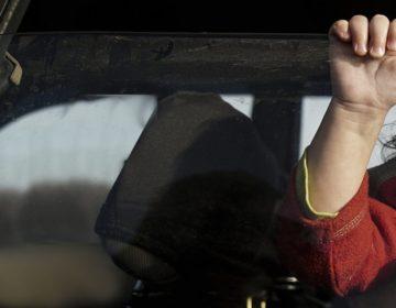 В Москве из закрытого автомобиля спасли двухлетнего ребенка