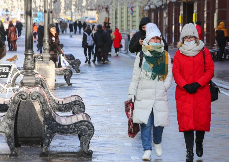 Собянин заявил о снижении госпитализации и заболеваемости коронавирусом в Москве